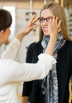 How to Buy Prescription Glasses and Contact Lenses in Japan